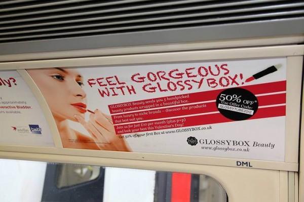 Transport Media - Glossybox - Tube Panel